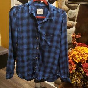 American Eagle plaid shirt S